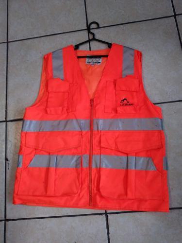Confección de ropa industrial casacas camisas pantalones