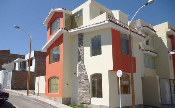 Casa en alquiler en cerro colorado, urb. rosario i, arequipa