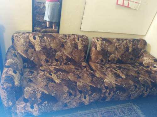 Muebles de terciopelo seccionable como nuevo(un mes de uso)