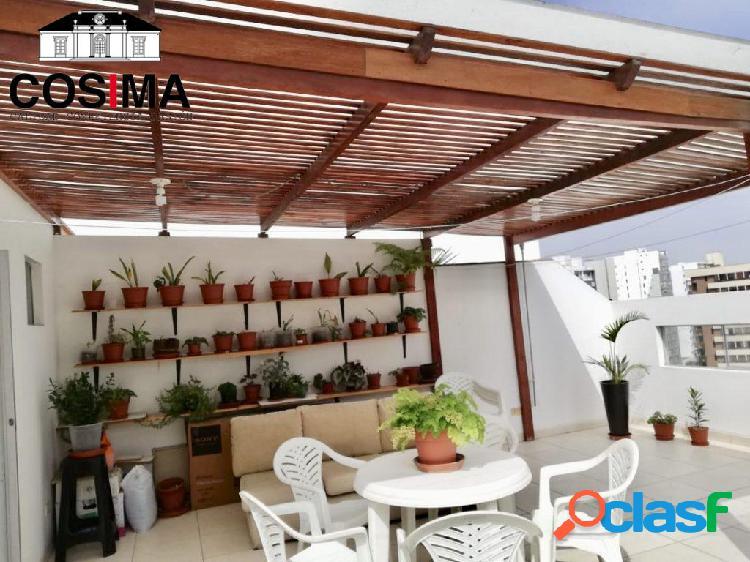 Venta de lindo duplex en av. sergio bernales, surquillo moderno