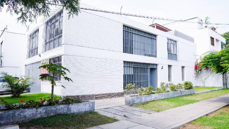 Alquiler casa san isidro $2200 (negociable - no corredores)