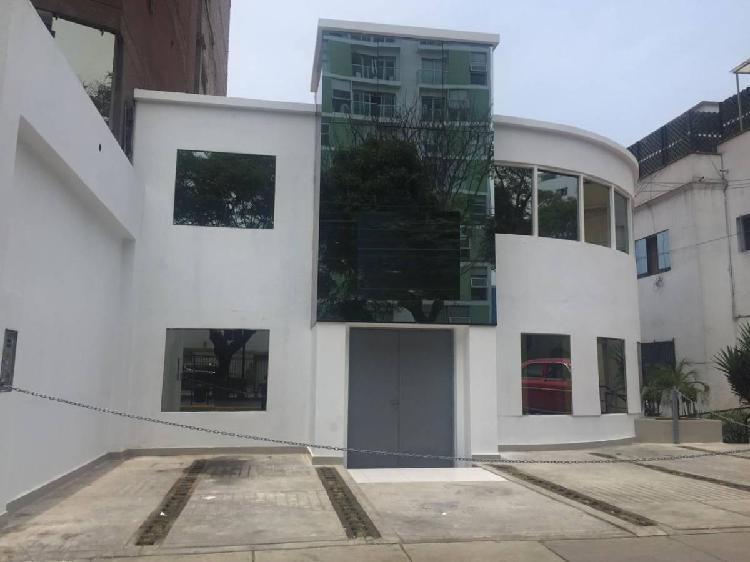 Alquiler de casa de 540 m² - oficinas administrativas - av
