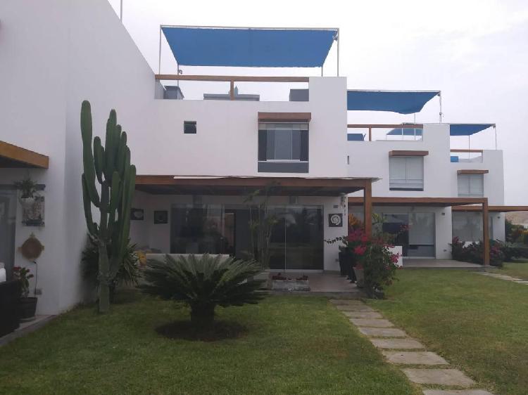 Alquiler de casa de playa en asia azul