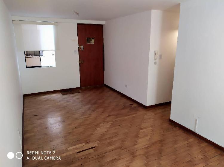 Hermoso departamento - 65 m² - 2do piso - cochera - pueblo