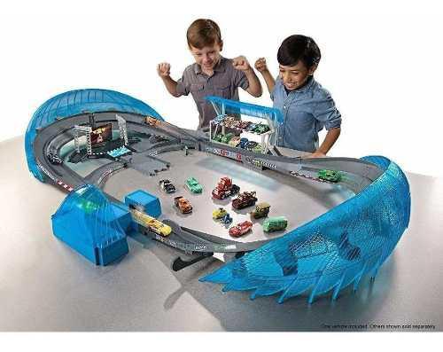Cars 3: ultimate florida speedway track set