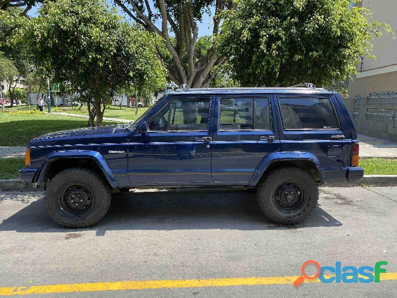 Vendo jeep pionner xp 1994   excelente estado