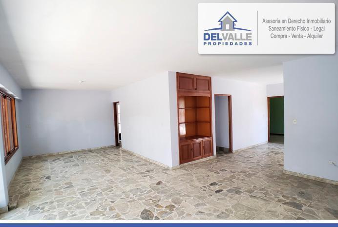 De Ocasión - Se Vende Casa en El Centro de Piura   Urb.
