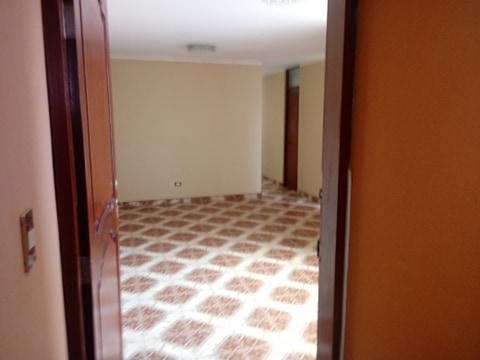 Minidepartamento en venta segundo piso estreno - surco