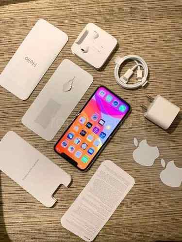Iphone 11 pro silver 3 camaras semi nuevo 10/10 64gb