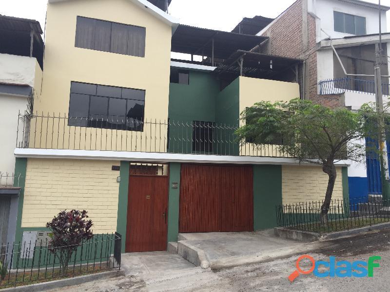 Casa de tres pisos en villa maría del triunfo vmt