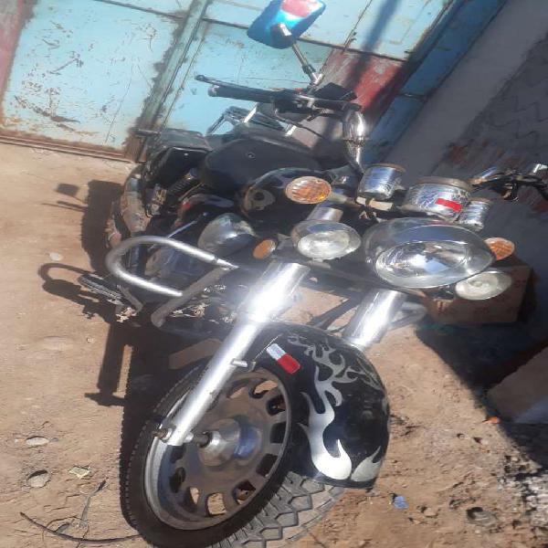 Ocasion vendo moto rtm 150 en Tacna