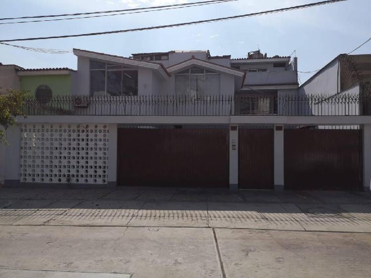 Venta de Departamento en San Borja, 192.50 m²