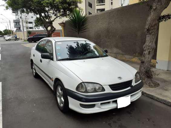 Toyota avensi 2.0 automatico 1998 us 3,800 dolares en lima