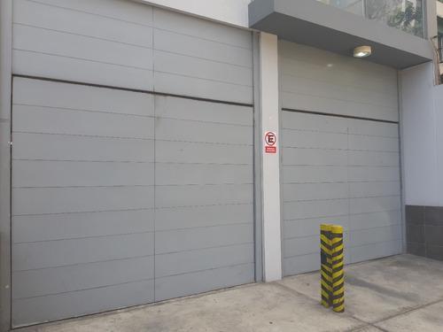 Puerta Levadiza Cochera