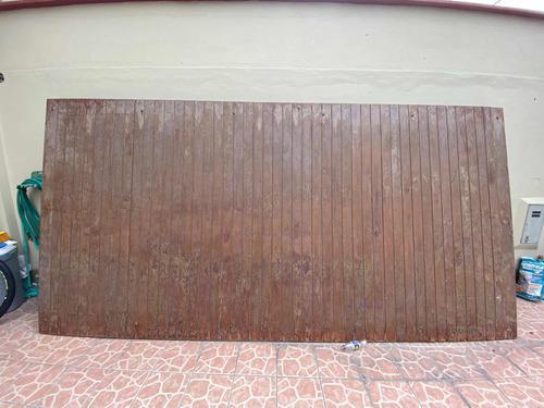 Vendo Puerta De Cochera De Madera Material Cedro.