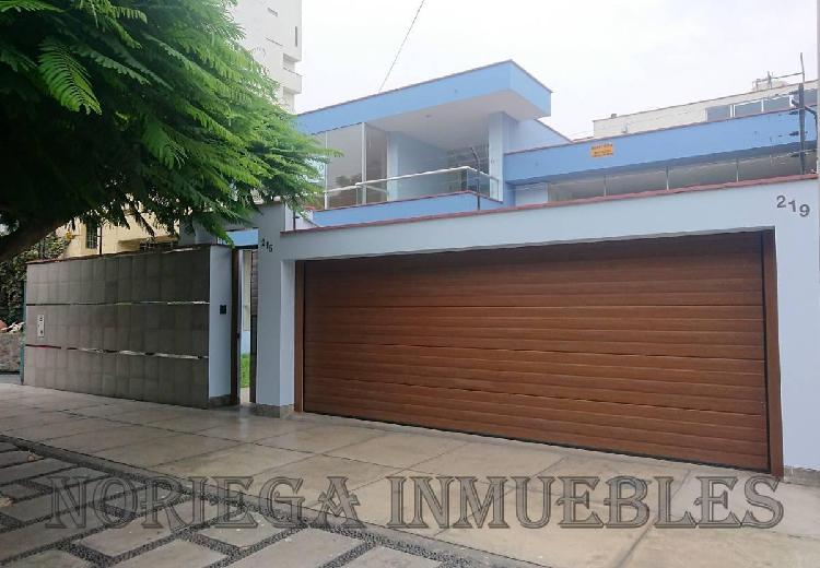 Ofs s. isidro. av pq norte 215 4 cocheras at:380 m² ac:500