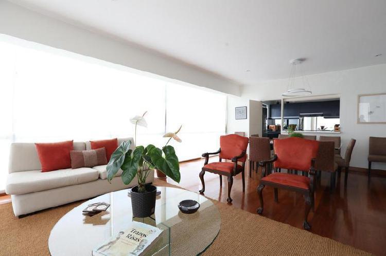 Amplio y moderno apartamento en el 4to piso en miraflores