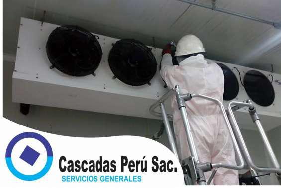 Servicio de mantenimiento de equipos de