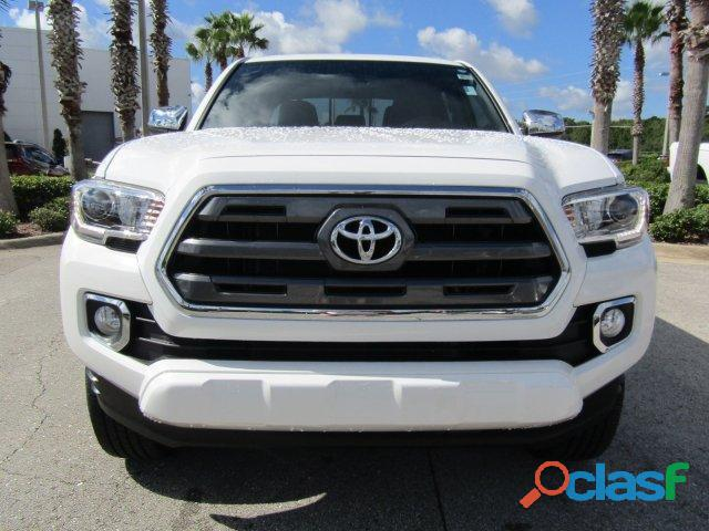 Toyota Tacoma Limited 2017 in Good Condition 3