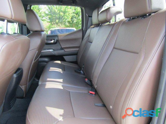 Toyota Tacoma Limited 2017 in Good Condition 2