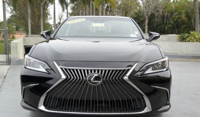 Neatly used 2019 lexus es 350 fwd 4d sedan