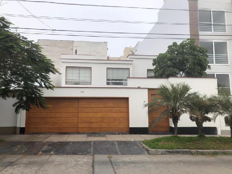Alquiler casa cerca a la rambla