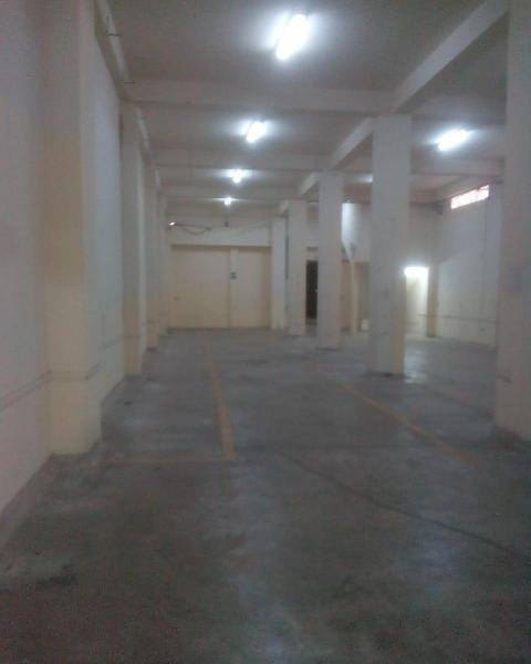 Alquiler de local comercial/almacen en primer piso en ate!