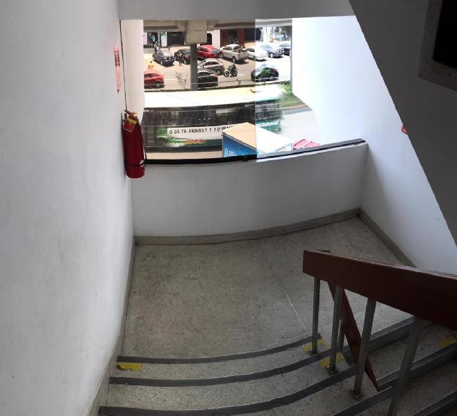 Ic - 23 / alquiler de oficina en san borja - leo b.