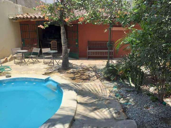 Se remata hermosa casa en el golf. piura. con piscina.