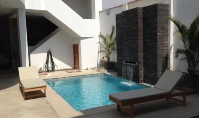5 departamentos + mas 2 habitaciones + piscina todo por