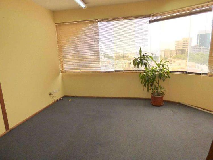 Oficinas en planta abierta en alquiler córpac - san isidro