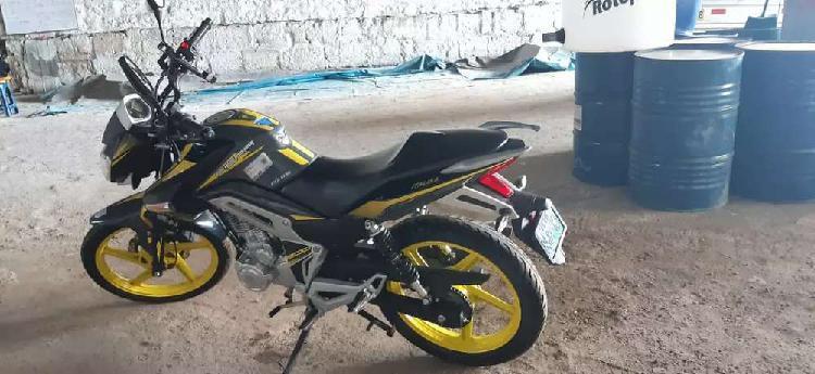 Vendo moto italica (fiera 200)