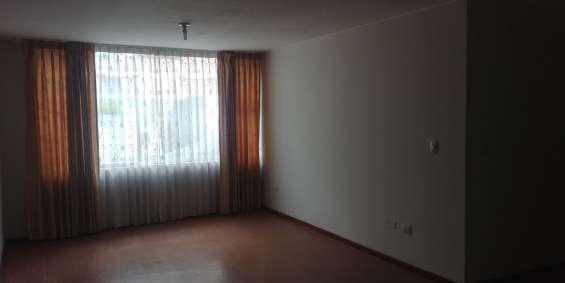 Vendo departamento 1er piso 110 m2 cerro colorado en