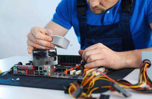 Busco tecnico practicante de electronica o computacion