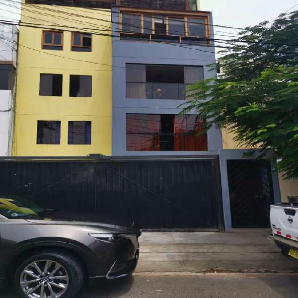 Alquilo Apartamento duplex en alquiler 2do piso