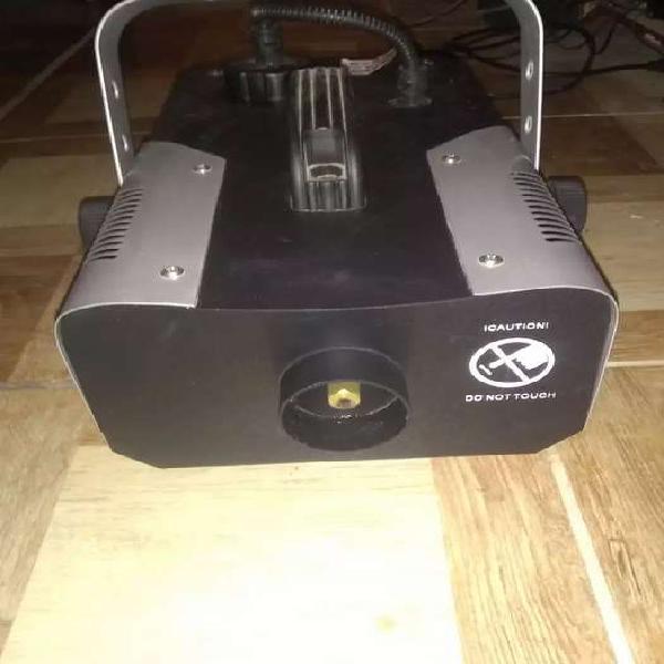 Se vende máquinas de luces para discoteca