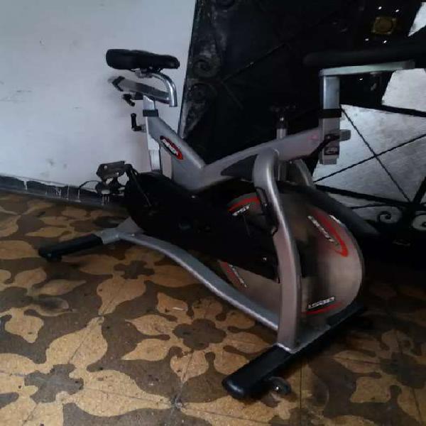 Remato 1 bicicleta spinning para gimnasio