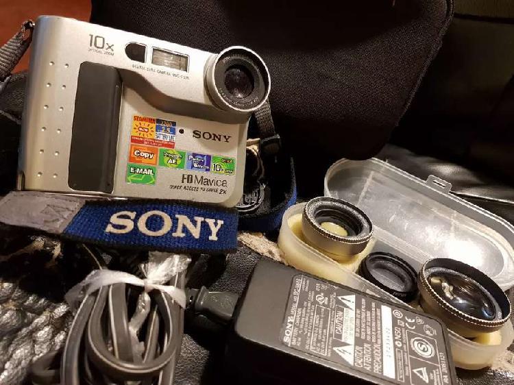 Sony Mavica Funcionando con Disquete la Primera Cámara
