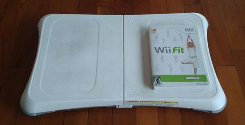 Nintendo wii fit + wii fit