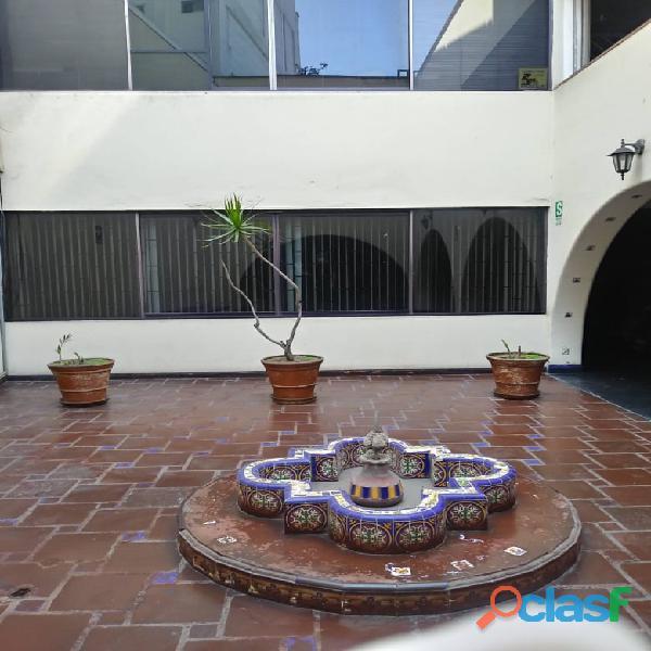 Oficina, alquilo en Miraflores
