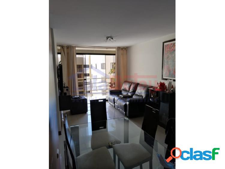 Venta de departamento en 5° piso en condominio alameda los incas