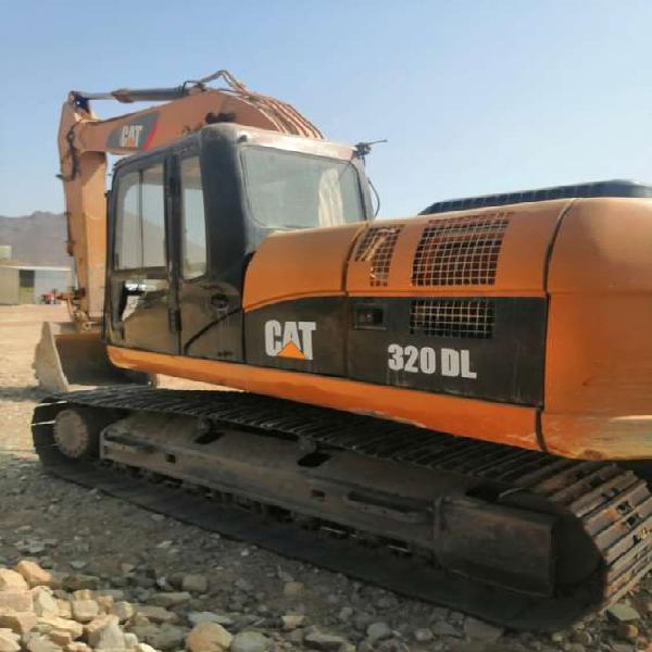 Excavadora cat 320dl año 2013 en lima