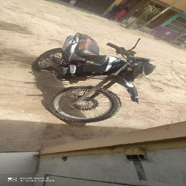 Vendo moto wanxin 200cc todo terreno