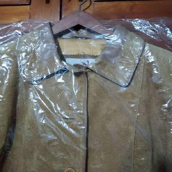 Sobretodo abrigo piel de cerdo cuero de argentina