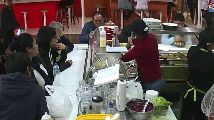 Traspaso por viaje restaurante moderno en c.c.minka