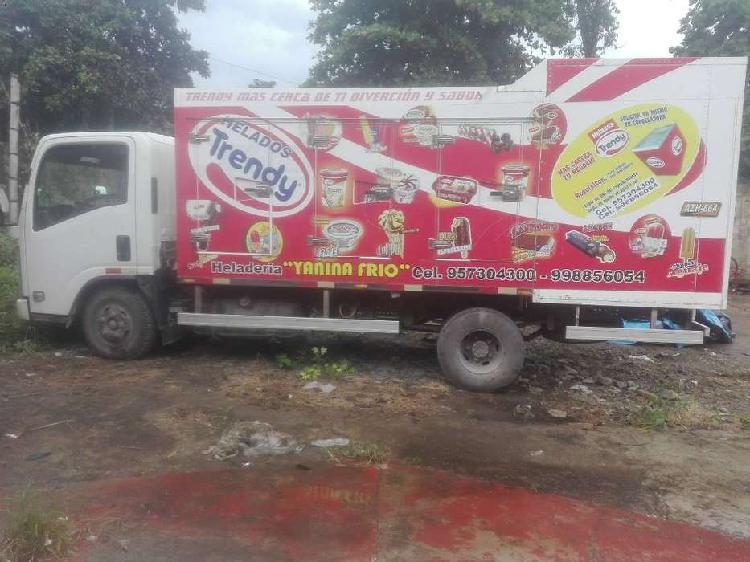 Camion furgón frigorífico con placas, trifásico, para
