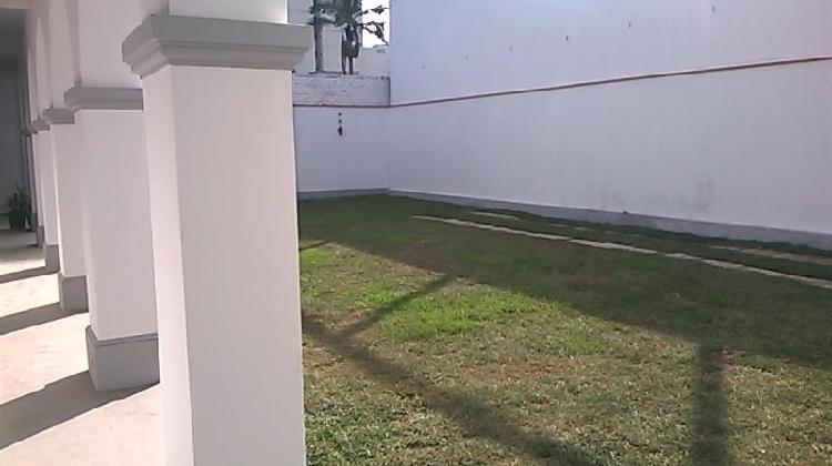 Se alquila casa de dos piso en calle los castaños ? san