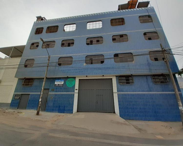 Venta de vivienda taller frente a calle en sjl