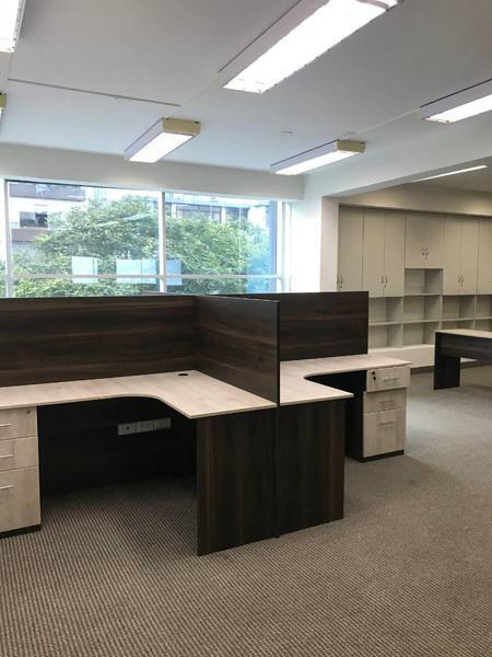 Alquilo oficina implementada amoblada san isidro
