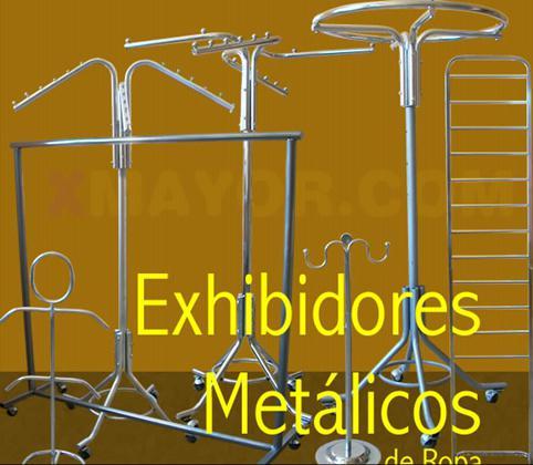 Exhibidores metálicos y colgadores para ropa en lima